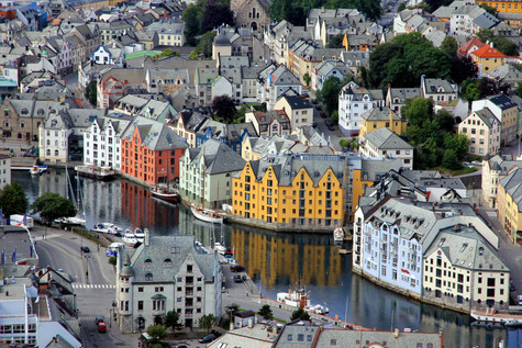 Why you should visit Ålesund - Norway's beautiful Art Nouveau Town