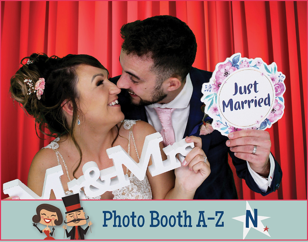 The Two Bonnys Photo Booth Newlyweds