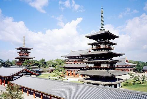 Yakusiji Temple.jpg