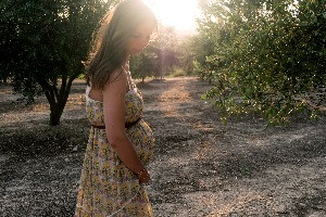 pregnant woman las vegas, unplanned pregnancy las vegas, adoption agency las vegas