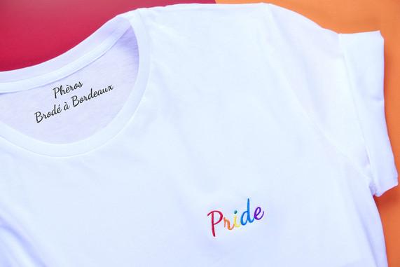 Copie de tshirt-pride-blanc-plat-min.jpg