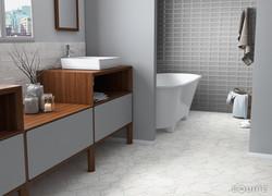 CarraraHexagon_InMetro bath