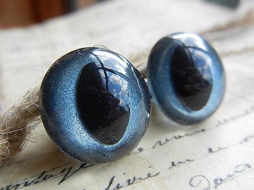 Denim Blue Pearl Cat Eyes (5 pairs)