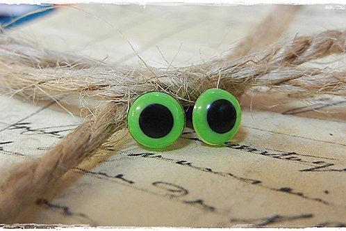 L.S. Green Animal Eyes (5 pairs)