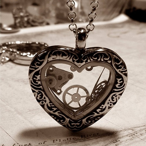 Antique Heart Steampunk Necklace