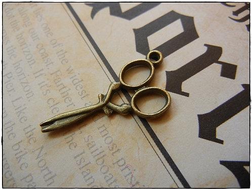 Antique Bronze Scissors Charm 10pcs
