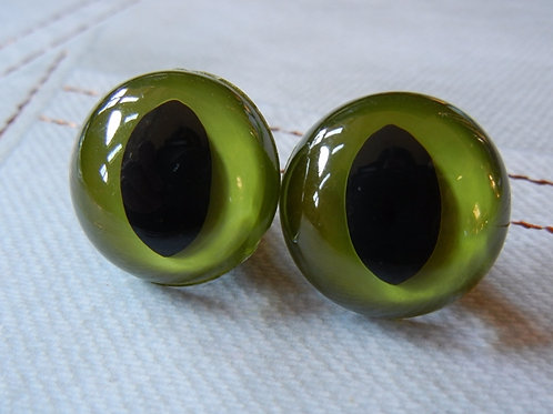 Green Cat Eyes (5 pairs)