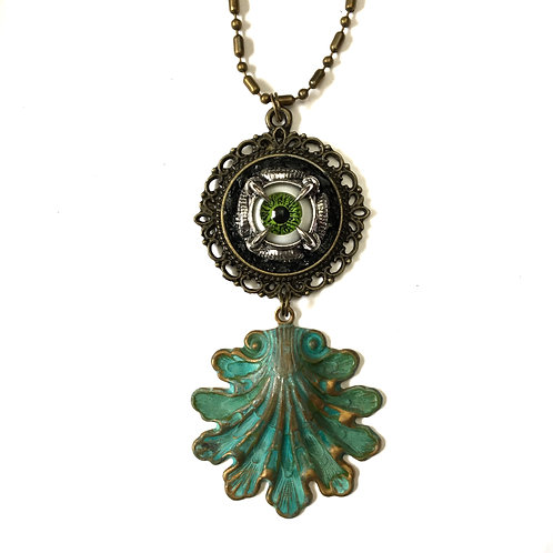 Vintage Patina Eye Shell Necklace