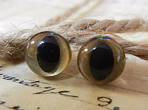 Gold Pearl Cat Eyes (5 pairs)