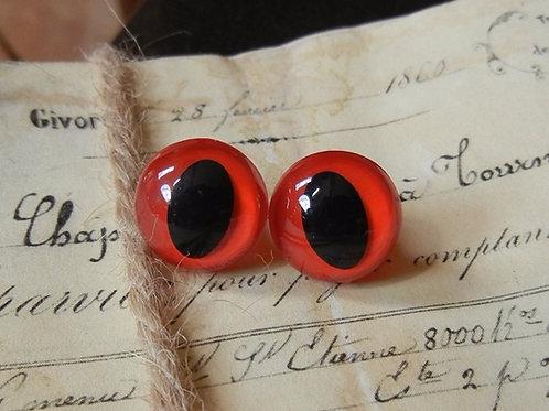 Red Cat Eyes (5 pairs)