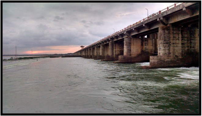 dhawaleshwaram bridge