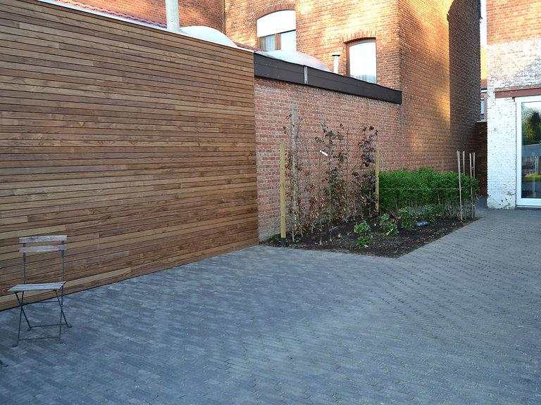 aanleg-terras-houten-gevelbekleding.jpg