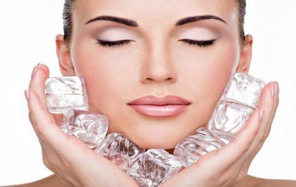 Ice-Cube-Facial-Skincare-Tips-600x379.jpg