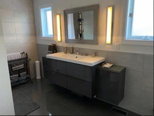 Main Bathroom Sink