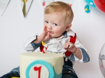 Jameson's 1-Year Cake Smash  Colorado Children Photographer