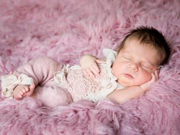 Baby Elena 6 days new