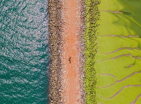 Pantai hijau di Vila Real de Santo Antonio.jpg