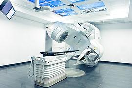 радиология в Турции, радиодиагностика, радиотерапия, радиография, компьютерная томография, позитронно-эмиссионная томография, магнитно-ядерный резонанс, брахитерапия, гамма-нож, кибер-нож, линейный ускоритель, стереотаксическая радиохирургия в Турции