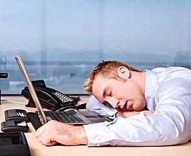 нарушения сна, лечение в Турции, центр нарушений сна, лунатизм, бессонница, патологическая сонливость, ночное недержание мочи, нарколепсия, ночные страхи, снотворные препараты, длительное засыпание, нарушение пробуждения, тревожное состояние перед сном недосып, поверхностный сон, усталость, беспокойный сон, сонливость, полисомнография, ЭЭГ, средняя латентность с