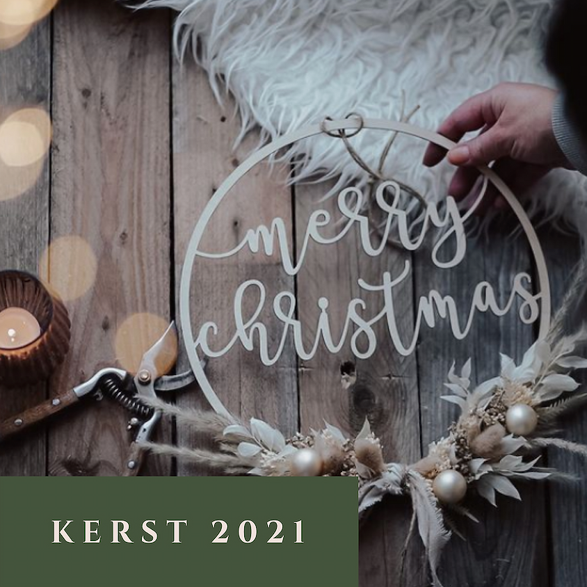 "Workshop Houten kerstkrans ""Merry Christmas"" of ""Prettige Feesten"""