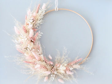 FlowerHoop_HeavenlyPink_by BloomsnBlosso