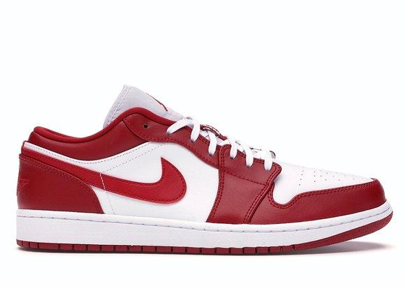 Jordan 1 low gym red (Size 13)