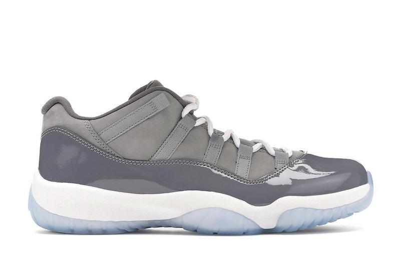 Jordan 11 low cool grey (Size 8)