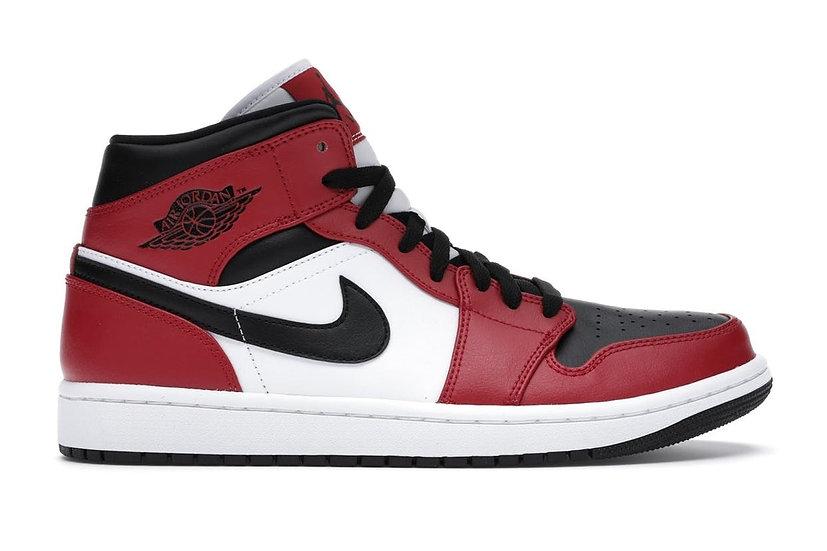 Jordan 1 mid Chicago black toe (Size 12)