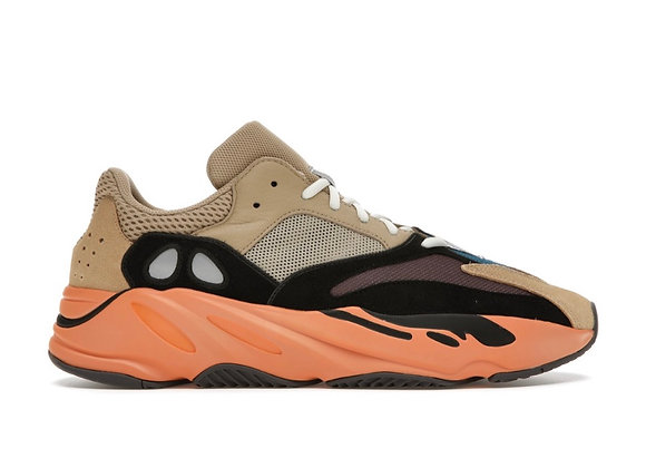 Yeezy 700 Enflame amber (Size 13)