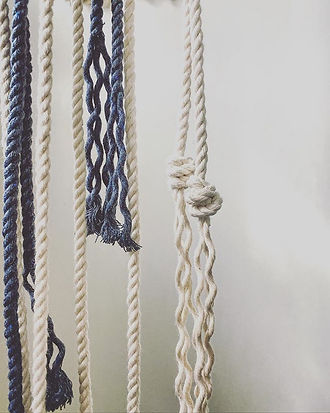 I love this cord and these knots 〰️➿〰️ Q