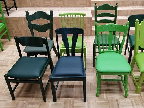 Handgeschilderde stoel, met bekleding