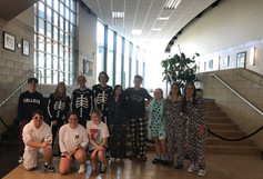 Students welcome homecoming week with flying colors