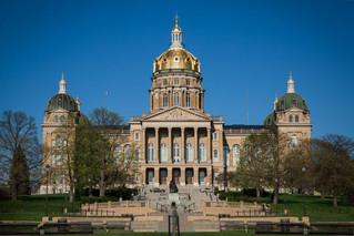 Students debate on new Iowa gun law