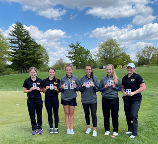 Young golfers and senior leaders propel the Bulldogs into the postseason