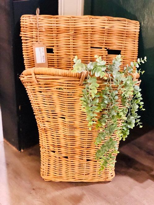 Large wicker wall hanging basket