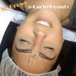 #tbt A little #microblading #3deyebrows gif to get you through your day! 😜💕#cachébeautybar #follow