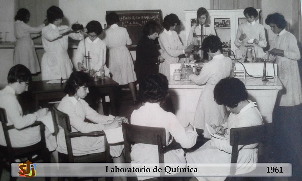 laboratorio química_1961