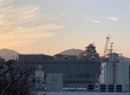 夕陽が当たる熊本城