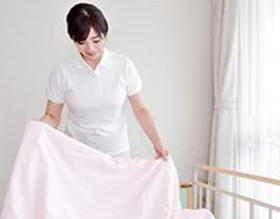 ☆西東京市☆9~12・9~15hシフト☆入院患者のシーツ交換や洗濯物の仕分け♪
