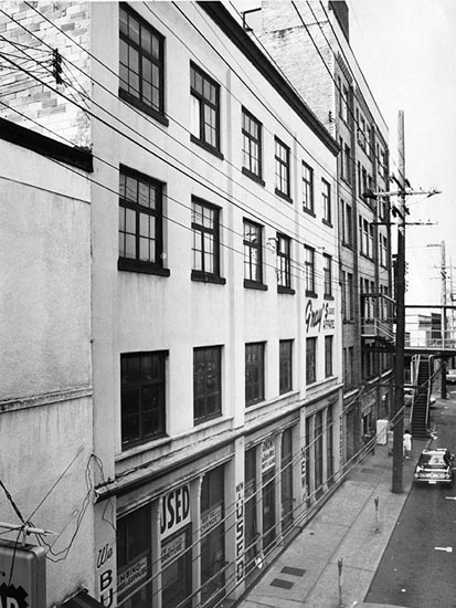 Front Street, 1972