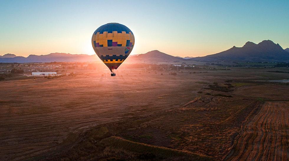 hot-air-balloon-cape-town-hero-dt01.jpg