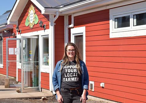 freelance-wolfvilles-farmers-market-a-li