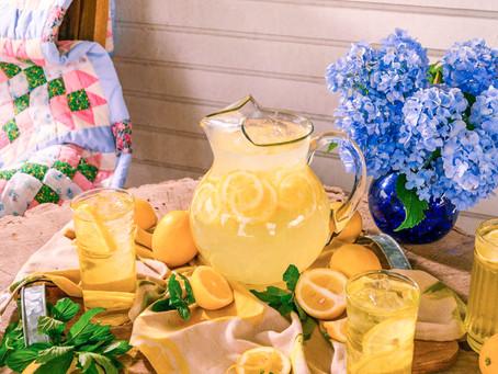 Liquid Sunshine: Grandmommie's Homemade Lemonade