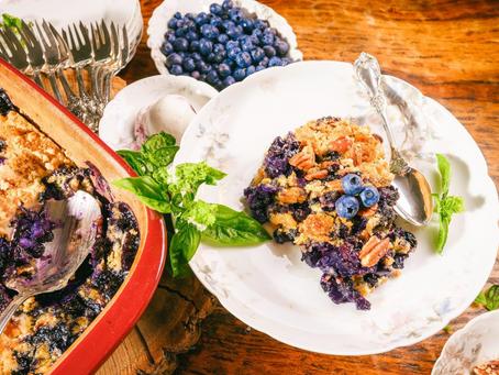 Under the Apron Strings: Easy Blueberry Crisp