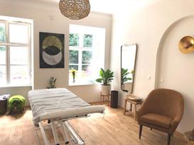 Körpertherapieraum Holz