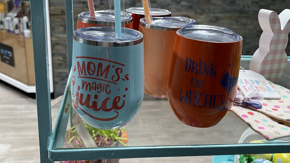 Wine tumblers with decal