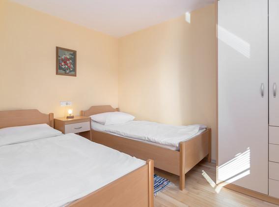 D-PL-bedroom_1939.jpg