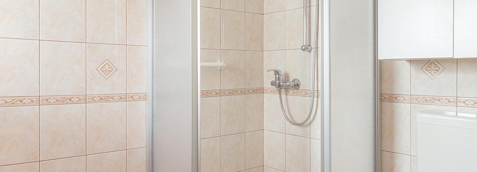 D-PL-bathroom_1955.jpg