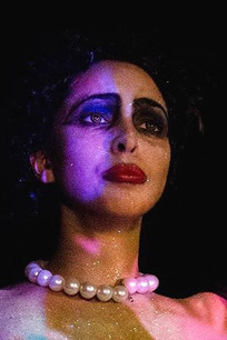 Dr. Frank N' Furter (2015) as Qu'in de la Noche.