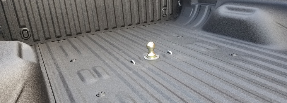 B&W Gooseneck Hitch Spray On Bed Liner